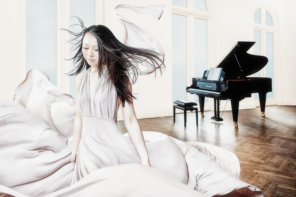 Klavier Spielerin Jing Li Hamburg